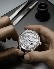 piaget emperador coussin minute repeater- making of 8